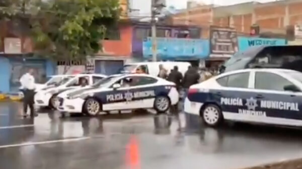 Video: Ministeriales y municipales se enfrentan a balazos en EdoMex
