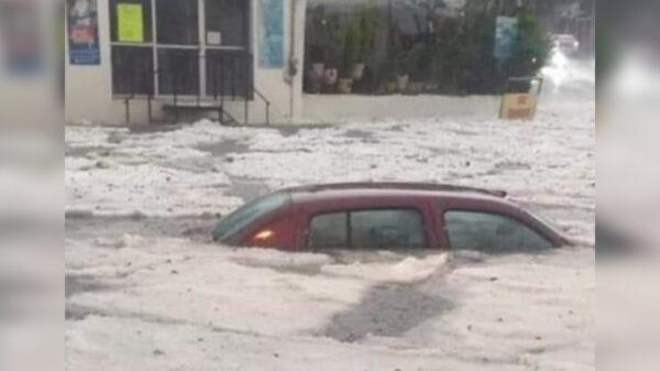Video: Fuertes lluvias dejan bajo el agua al Estado de México