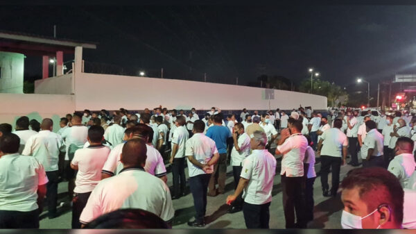Cancún: Detención de dos taxistas genera manifestación en la Fiscalía