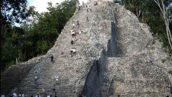 Covid-19: Cierran temporalmente la Zona Arqueológica de Cobá.