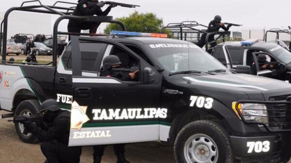 Ataca grupo armado a autobús de policías en Tamaulipas