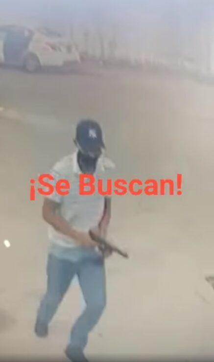 Intentan ejecutar a un empresario en Playa del Carmen; fue sorprendido por un solitario sicario cuando intentaba abordar sui vehículo.