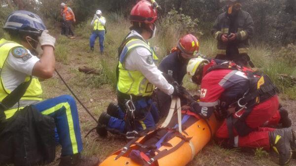 Caen seis personas a cráter de volcán en CDMX, una muere