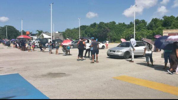 Se agotaron las pruebas rápidas de Covid-19 en Cancún.