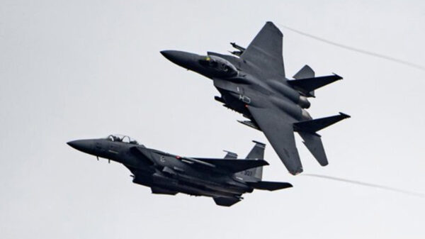 Estados Unidos intensifica bombardeos en Afganistán