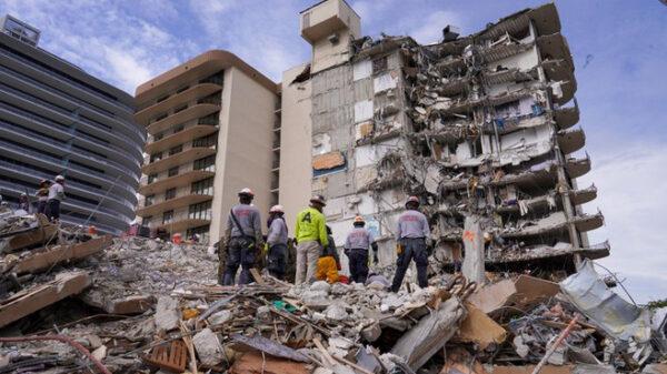 Miami: Suspenden tareas de búsqueda para dar paso a demolición de edificio.
