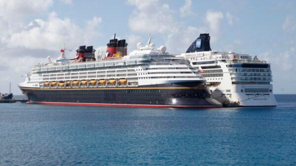 Con medidas de protección sanitaria se reactivó el turismo de cruceros en Quintana Roo