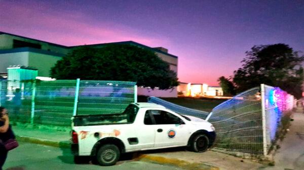 Cancún: Machetean a presunto ex policía en riña callejera