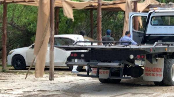 Comando ultima a balazos a lavador de taxis en Bahía Petempich