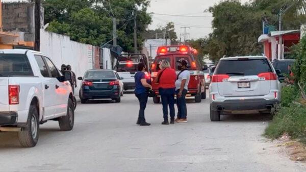Cancún: Enfrentamiento entre policías y sicarios deja dos muertos en Bonfil