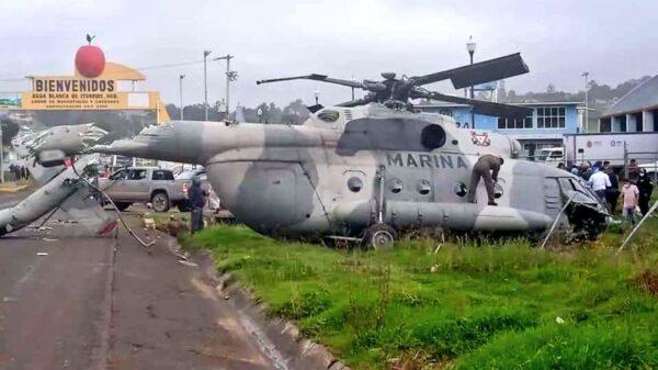 ¡Sustazo! Helicóptero de la Marina se desploma en Veracruz