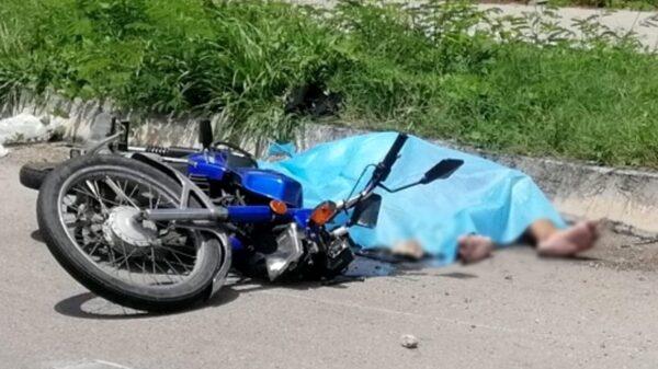 Fallece motociclista que viajaba con su hija, tras accidentarse en la vía Mérida-Tecoh