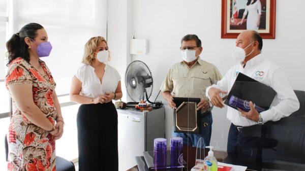 Premian a gobierno de Puerto Morelos por capacitación de empleados
