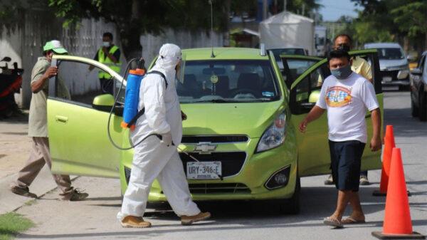 Organiza gobierno de Puerto Morelos nueva jornada de sanitización de vehículos