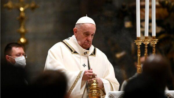 Suplica Papa Francisco ayuda internacional tras terremoto en Haití.
