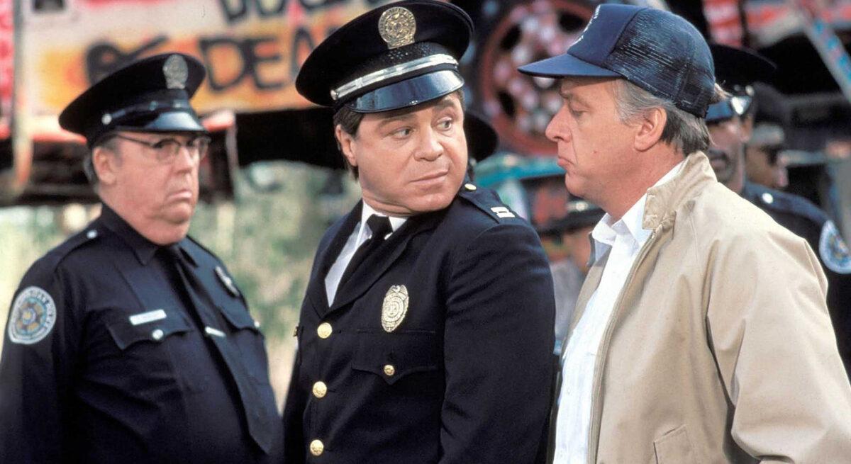 Falleció el actor Art Metrano, reconocido por la serie 'Loca Academia de Policía'