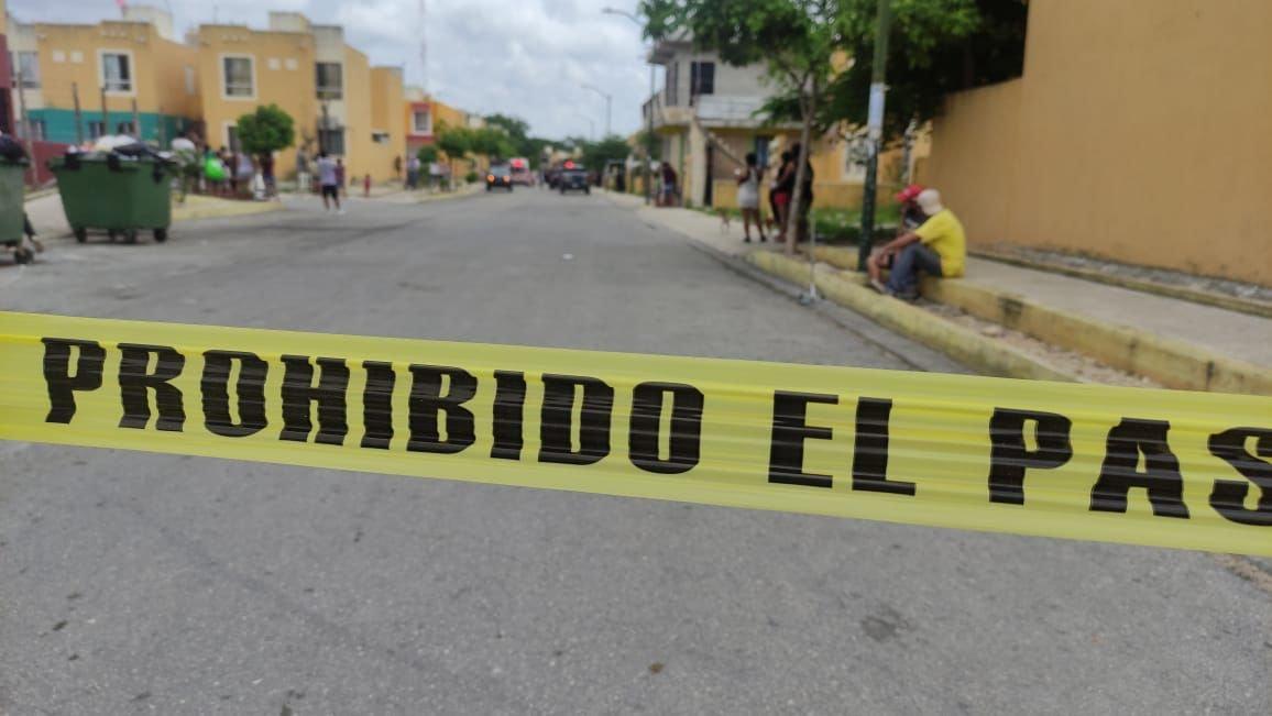 Ejecutan a una frente a sus hijos en Playa del Carmen.