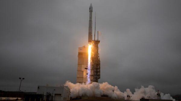 La NASA lanza nuevo satélite para tomar imágenes de la Tierra