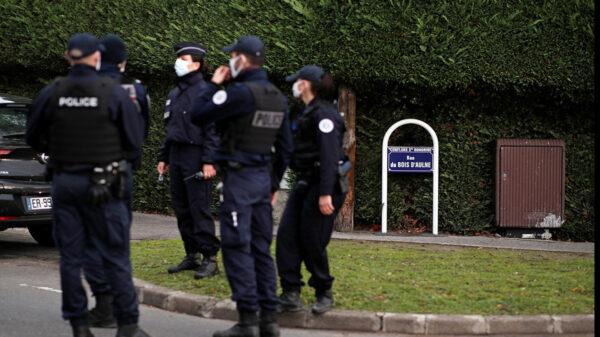Detienen en Francia a esposo que drogaba a su mujer para que la violaran