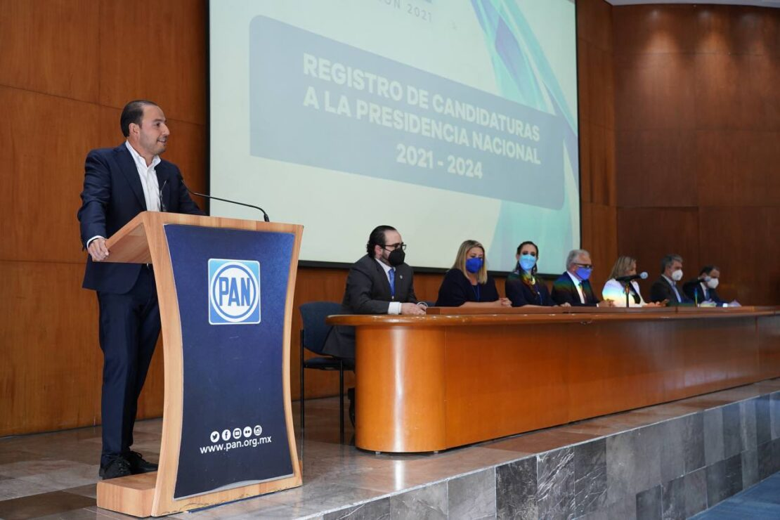 Aniversario del PAN hermanado con PRI, PRD, la ultraderecha y la crisis