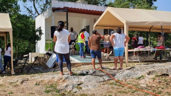 Gobierno de Puerto Morelos lleva brigada de servicios a Delirios y Central Vallarta