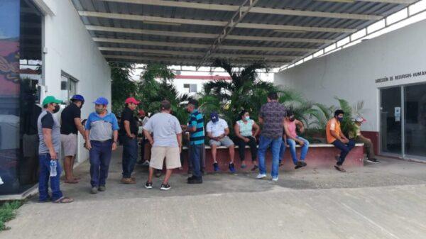 Incertidumbre por cobro de quincena en el ayuntamiento de Lázaro Cárdenas