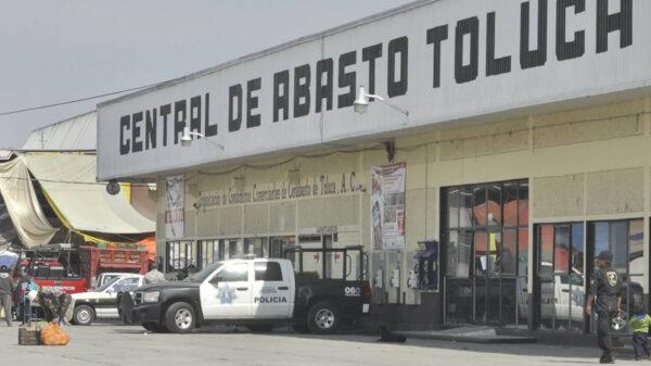 Mueren congelados cuatro trabajadores de la Central de Abasto de Toluca