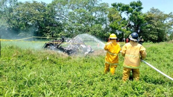 Desplome de avioneta deja una persona muerta en Tabasco