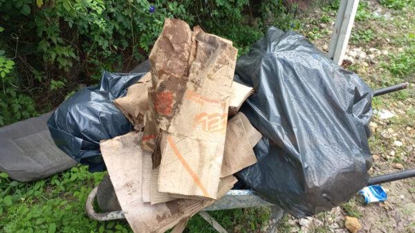 Descubren cadáver embolsado y torturado en Tulum