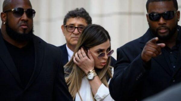 Cambian audiencia para dictar sentencia a Emma Coronel; será el 30 de noviembre