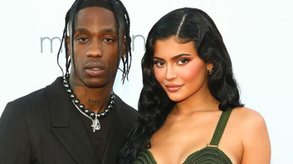 Kylie Jenner confirma que está embarazada por segunda ocasión