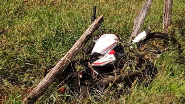 En Tizimín, choca motociclista contra un poste y muere