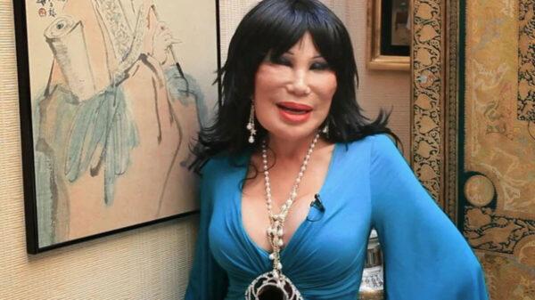 Reaparece Lyn May con nuevo look a sus 68 años