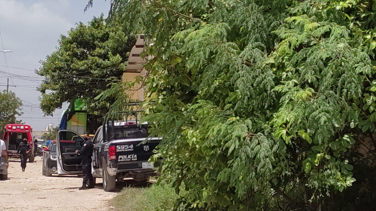 Ejecutan a balazos a un hombre en la colonia San Vicente (VIDEO); la víctima fue interceptada por sicarios de una moto.