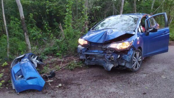 Mal estado de carretera provoca accidente en el tramo Cedral-Poponah.