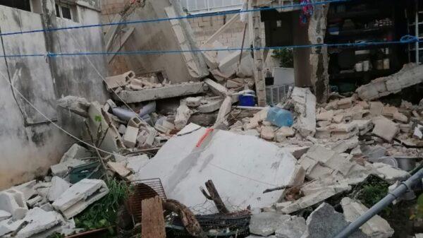Cancún: Se derrumba una vivienda en el fraccionamiento La Guadalupana.