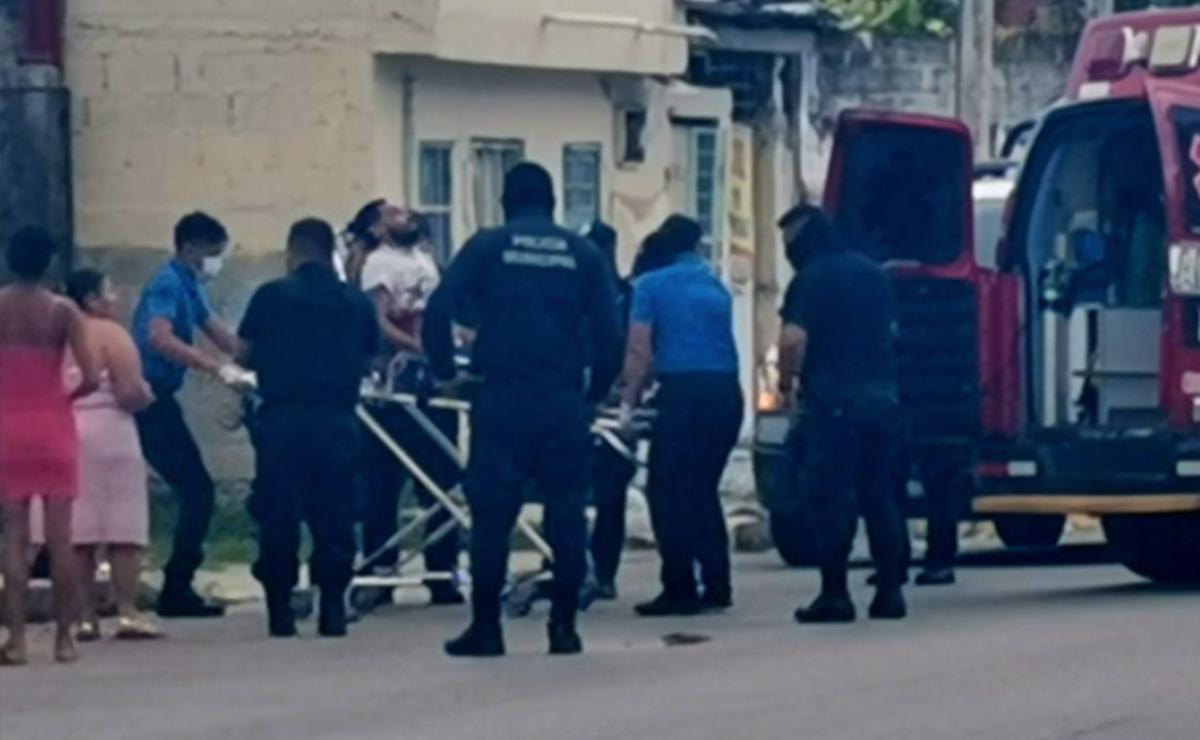 """Cancún: Sicarios atacan a balazos a hombre cerca del """"Toro Valenzuela"""""""