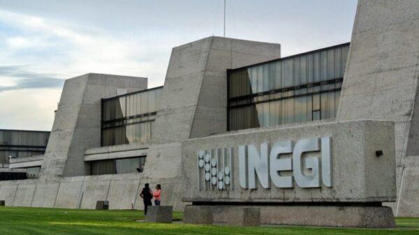 ¿Buscas chamba? Inegi ofrece plazas con ingresos de hasta 52 mil pesos.