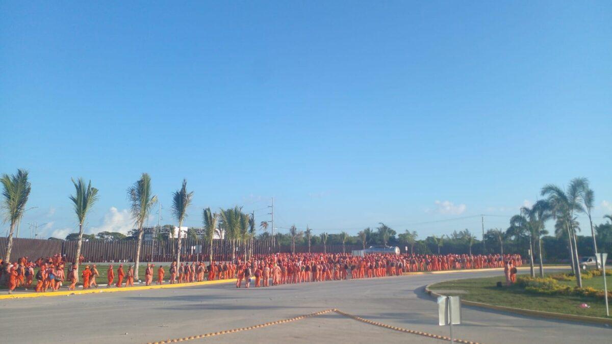 Se normalizan los trabajos en la refinería de Dos Bocas en Tabasco; tras las protestas de martes y miércoles, este día los obreros volvieron a sus labores.