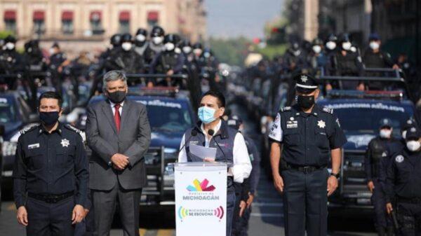 Policía de Michoacán, desde escoltas hasta domésticos, con Aureoles