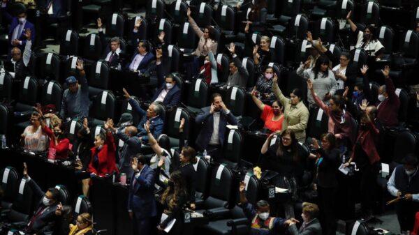 Avalan Ley de Ingresos 2022; la turnan al Senado