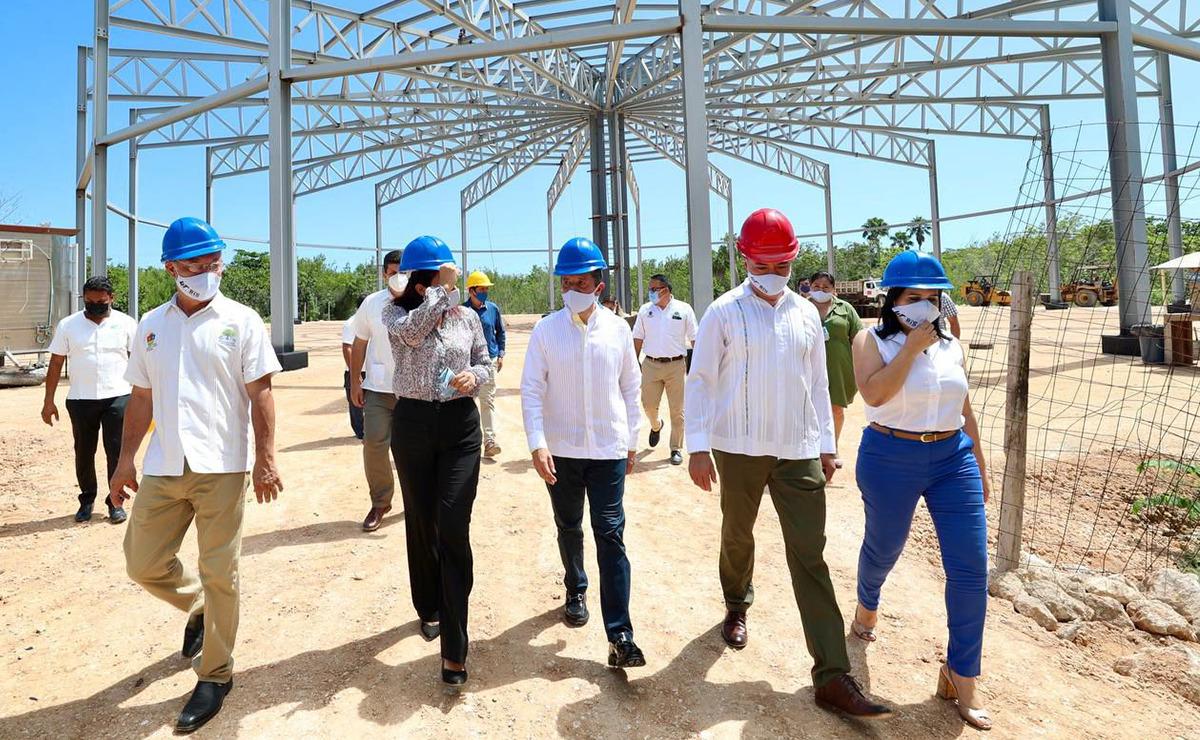 Inaugura Carlos Joaquín obras de infraestructura y equipamiento en la Universidad Tecnológica de Cancún