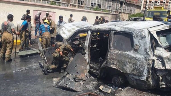 Explota coche bomba en Yemen; deja 6 muertos y 13 heridos