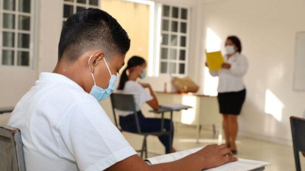 Aumentan a 125 los contagiados de covid-19 en escuelas de Quintana Roo