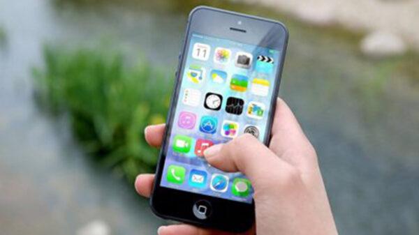 Reviven Facebook e Instagram, WhatsApp sigue caído