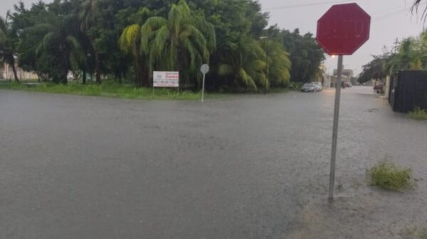 Lluvias intensas dejan a Chetumal bajo el agua (VIDEO).