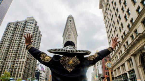 No descarta AMLO reunirse con migrantes radicados en NY