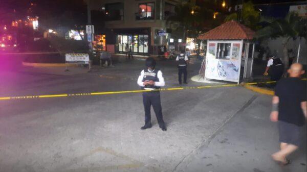 Playa del Carmen: Ejecutan a policía en la Quinta Avenida.