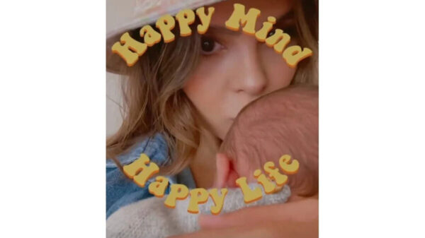 Por primera vez Yuya aparece con su bebé en redes sociales