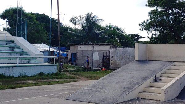 Cancún: Ejecutan a dos cerca de las instalaciones del DIF de la Región 234